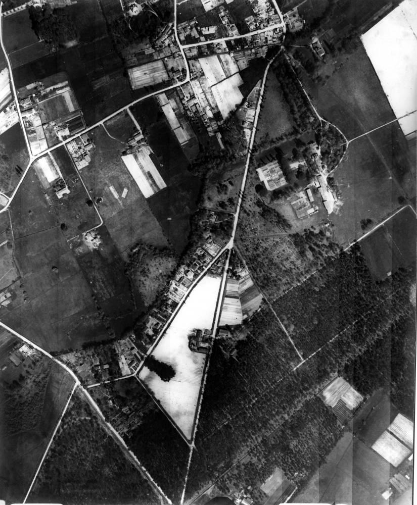 Saige en 1936 (vue aérienne de la société d'aérotopographie de Courbevoie)